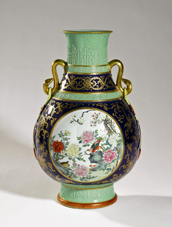 Chinese Antiques A 31 Million Scroll An 86 Million Vase And