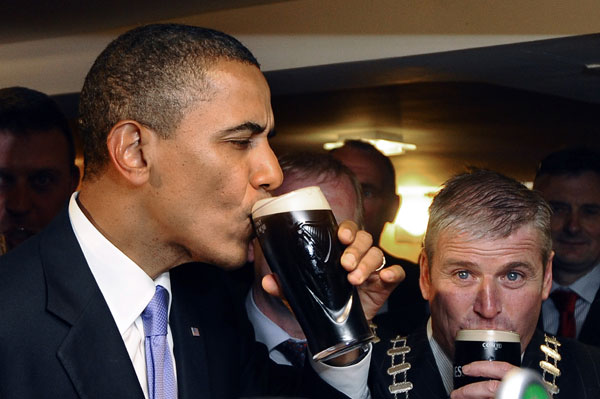 images%2Fslides%2F1_obama_drinking