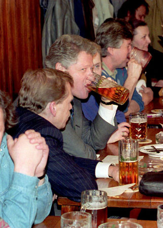 images%2Fslides%2F7_clinton_drinking