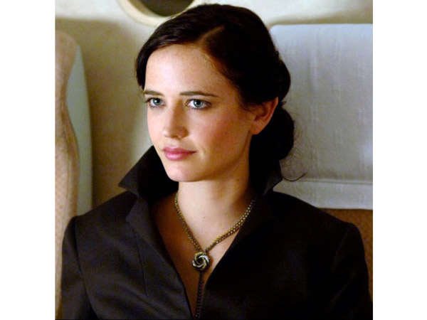 images%2Fslides%2F4-Eva-Green-Casino-Royale_3