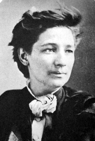 images%2Fslides%2F01_Victoria_Woodhull