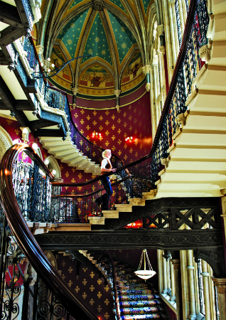 images%2Fslides%2F9_St._Pancras_Hotel_London