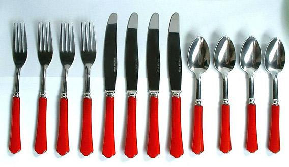 Flatware: A colorful Bakelite cutlery set from the 1930s.